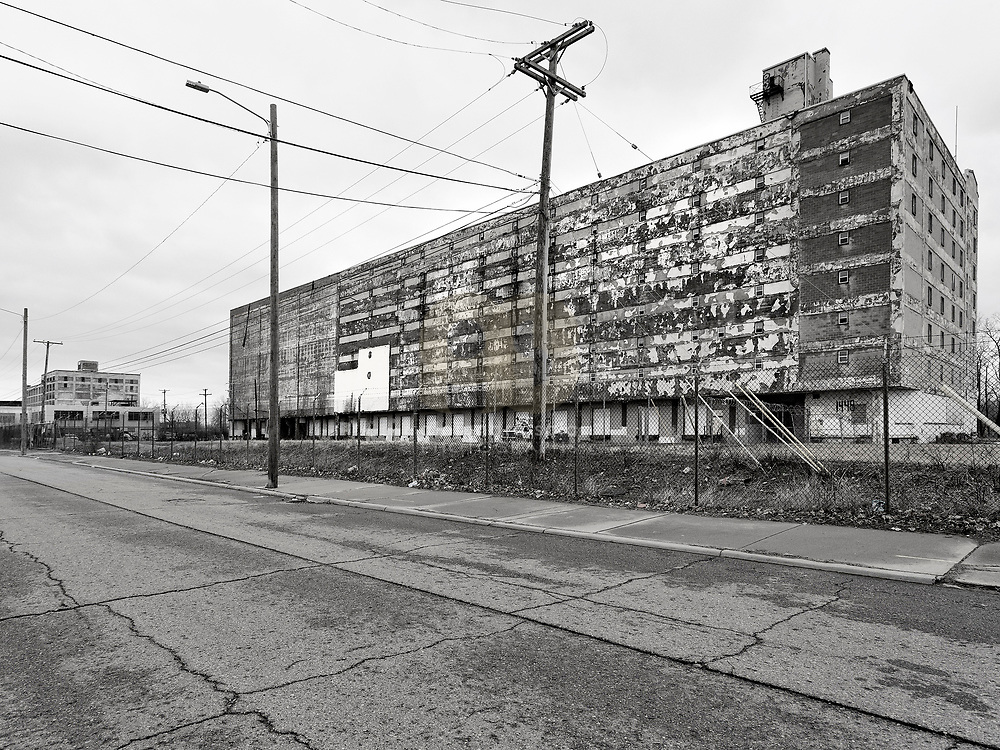 Detroit, Michigan, U.S, March, 2019: Apartments building abandoned at Porter and Vermont Street, a few miles of Downtown of Detroit. Photographs by Alejandro Sala | Visit SHOP Images to purchase and download a digital file and explore other AS • Atelier• Architecture + Photography archive images