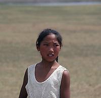 Portrett av mongolsk jente, portrait of mongol girl