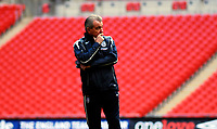 Photo: Alan Crowhurst.<br />England training session at Wembley Stadium. 21/03/2007. Assistant coach Terry Venables watches as training begins.