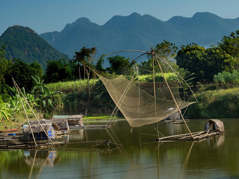 Asia, Vietnam, Canh Nang, fishing nets above river.