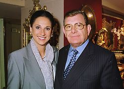 MR & MRS GERALD RONSON at a reception in London on 10th June 1998.<br /> MIE 48