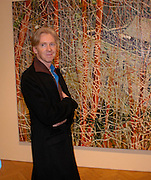 Philip Treacy. the Triumph of Painting. Part 1. The Saatchi Gallery. 25 January 2005. ONE TIME USE ONLY - DO NOT ARCHIVE  © Copyright Photograph by Dafydd Jones 66 Stockwell Park Rd. London SW9 0DA Tel 020 7733 0108 www.dafjones.com