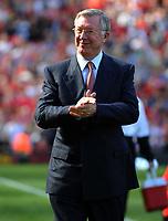 Fotball<br /> Foto: Fotosport/Digitalsport<br /> NORWAY ONLY<br /> <br /> Sir Alex Ferguson Manager<br /> Manchester United 2009/10<br /> Manchester United V Manchester City 20/09/09<br /> The Premier League