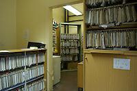10 NOV 2004, BERLIN/GERMANY:<br /> Akten von Sozialhilfeempfaengern zur Bearbeitung von Antraegen auf Arbeitslosengeld II, in der Leistungsstelle des Amtes fuer Soziales, Bezirksamt Neukoelln von Berlin, Rathaus Neukoelln<br /> IMAGE: 20041110-01-017<br /> KEYWORDS: Antrag, Anträge, Akten, Akte, Aktenschraenke, Aktenschränke, Aktenschrank, Sozialamt