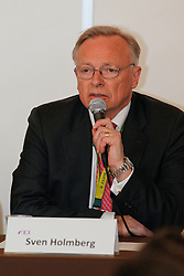 Holmberg Sven (SWE) FEI vice president<br /> Pressconference concerning disqualification of McLain Ward's horse Sapphire due to a positive Hypersensitivity test after the second competion of the Rolex FEI World Cup Final - Geneve 2010<br /> © Dirk Caremans