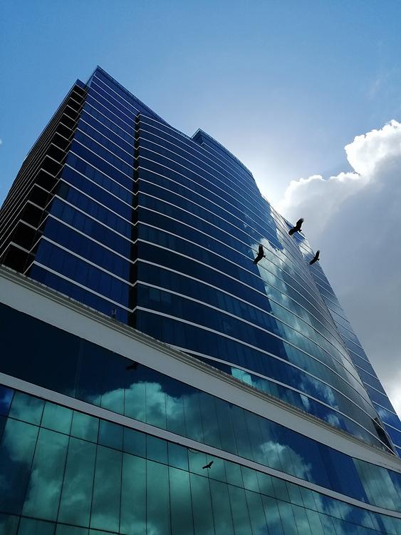 Century Tower / Ciudad de Panamá.<br /> <br /> Súscríbase a nuestro blog:<br /> <br /> http://eepurl.com/hzK6Ez
