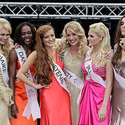 NLD/Rotterdam/20120615 - Verkiezing Miss Zuid-Holland 2012, deelneemster Maaike Tjalsma, Danydsha Nooitmeer, deelneemster en winnares Wendy-Kristy Hoogerbrugge, Jill Kleinjan en Eva van der Steenhoven