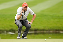 27.06.2015, Golfclub München Eichenried, Muenchen, GER, BMW International Golf Open, Tag 3, im Bild Anton Kirstein (GER) beim lesen der Puttlinie // during the day three of BMW International Golf Open at the Golfclub München Eichenried in Muenchen, Germany on 2015/06/27. EXPA Pictures © 2015, PhotoCredit: EXPA/ Eibner-Pressefoto/ Kolbert<br /> <br /> *****ATTENTION - OUT of GER*****