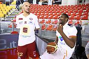 DESCRIZIONE : Roma Campionato Lega A 2013-14 Acea Virtus Roma Umana Reyer Venezia<br /> GIOCATORE : Trevor Mbakwe Andre Smith CATEGORIA : fair play pre game<br /> SQUADRA : <br /> EVENTO : Campionato Lega A 2013-2014<br /> GARA : Acea Virtus Roma Umana Reyer Venezia<br /> DATA : 05/01/2014<br /> SPORT : Pallacanestro<br /> AUTORE : Agenzia Ciamillo-Castoria/M.Simoni<br /> Galleria : Lega Basket A 2013-2014<br /> Fotonotizia : Roma Campionato Lega A 2013-14 Acea Virtus Roma Umana Reyer Venezia<br /> Predefinita :