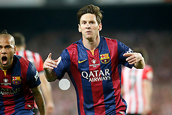 30.05.2015, Camp Nou, Barcelona, ESP, Copa del Rey, Athletic Club Bilbao vs FC Barcelona, Finale, im Bild FC Barcelona's Leo Messi (r) and Daniel Alves celebrate goal // during the final match of spanish king's cup between Athletic Club Bilbao and Barcelona FC at Camp Nou in Barcelona, Spain on 2015/05/30. EXPA Pictures © 2015, PhotoCredit: EXPA/ Alterphotos/ Acero<br /> <br /> *****ATTENTION - OUT of ESP, SUI*****