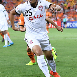 BRISBANE, AUSTRALIA - FEBRUARY 21: Adison Promrak of Muangthong United dribbles the ball during the Asian Champions League Group Stage match between the Brisbane Roar and Muangthong United FC at Suncorp Stadium on February 21, 2017 in Brisbane, Australia. (Photo by Patrick Kearney/Brisbane Roar)