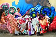 Polleras conga | Festival de Congos y Diablos / Portobelo, Panamá.<br /> <br /> Edición de 10 | Víctor Santamaría.