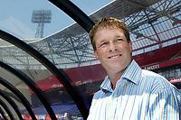 Fotball<br /> Nederland<br /> Foto: ProShots/Digitalsport<br /> NORWAY ONLY<br /> <br /> holland casino eredivisie seizoen 2004/2005<br /> <br /> 28-05-2005 - de kuip rotterdam<br /> <br /> erwin koeman is de nieuwe trainer van feyenoord