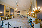 Openstelling Paleis Noordeinde en het Koninklijk Staldepartement<br /> <br /> Op de foto: Balkonkamer