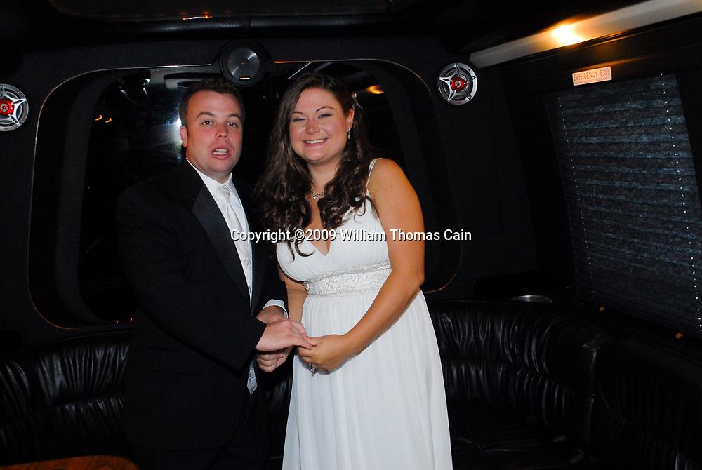 9/12/09 2:32:16 PM -- Shauna & John - September 12, 2009 - Avalon, New Jersey (Photo by William Thomas Cain/cainimages.com)