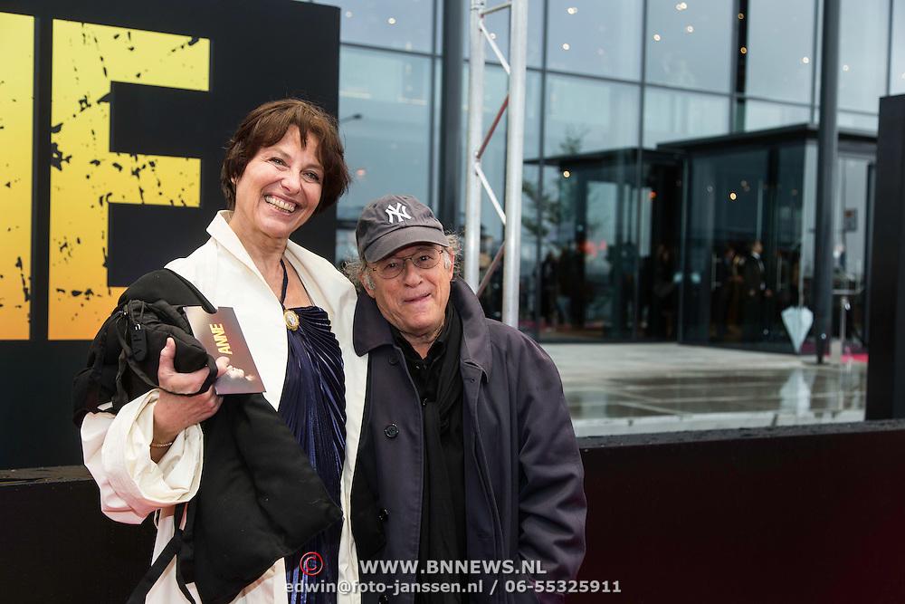 NLD/Amsterdam/20140508 - Wereldpremiere Musical Anne, Frans Weisz en Regina van Gelderen