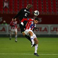 Fotball<br /> Tippeliga 2011<br /> Tromsø IL vs Sogndal 23.10.11 (0-0)<br /> <br /> Per Egil Flo, Sogndal<br /> Mustafa Abdellaoue, Tromsø<br /> <br /> Foto: Tom Benjaminsen /  Digitalsport