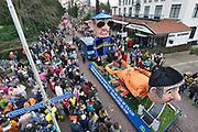 Nederland, Beek, Berg en Dal, 27-2-2017Traditiegetrouw vindt in dit dorp bij Nijmegen en tegen de grens met Duitsland de Rozenmoandag carnavalsoptocht plaats. Alle wagens, praalwagens, carnavalswagens uit de regio komen dan langs want het is de enige optocht. Deze wagens heeft de buurtapp als onderwerpFoto: Flip Franssen