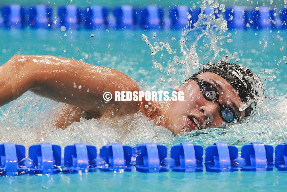 Michael Yong swims in the mens' 1500m freestyle event at the 47th Singapore National Age Group Swimming Championships. (Photo © Soh Jun Wei/Red Sports)