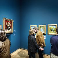 Nederland, Amsterdam , 29 september 2012..Bezoekers van de Hermitage de dag na opening van het van Gogh Museum in de Hermitage..Foto:Jean-Pierre Jans