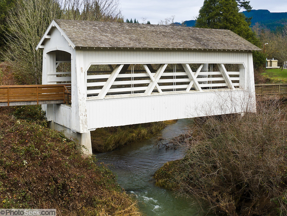 Sandy Creek Covered Bridge, Myrtle Point, Oregon, USA