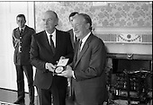 1989 - Charles Haughey TD Receives Seal Of Office.  (T3)