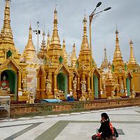 Women praying at Shwedagon pagoda
