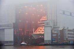27.02.2011, Meyer Werft, Papenburg, GER, Ausdocken der AIDAsol, Das Kreuzfahrtschiff AIDAsol verlässt das Baudock I der Papenburger Meyer-Werft, Die AIDAsol ist ein 71.100 BRZ großes Clubschiff der Reederei AIDA Cruises (Rostock) und hat eine Länge über alles von 252 Meter und hat eine Breite von 32,2 Meter. Es verfügt über 1097 Kabinen und erreicht eine Geschwindigkeit von über 22 Knoten. Nach dem Ausdocken wird das Kreuzfahhrtschiff am Ausrüstungspier der Werft festmachen. Voraussichtlich am 12./13. März wird die AIDAsol über die Ems zum Probestandort Emden überführt..EXPA Pictures © 2011, PhotoCredit: EXPA/ nph/  Albers       ****** out of GER / SWE / CRO  / BEL ******