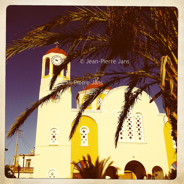Kreta, Kroustas , 24 juli 2013.<br /> <br /> Kerkje van het bergdorpje Kroustas even ten Zuiden van Kritsa in het Noord Oosten van Kreta.<br /> Summer holiday on the Greek island of Crete. Streetview. Church.