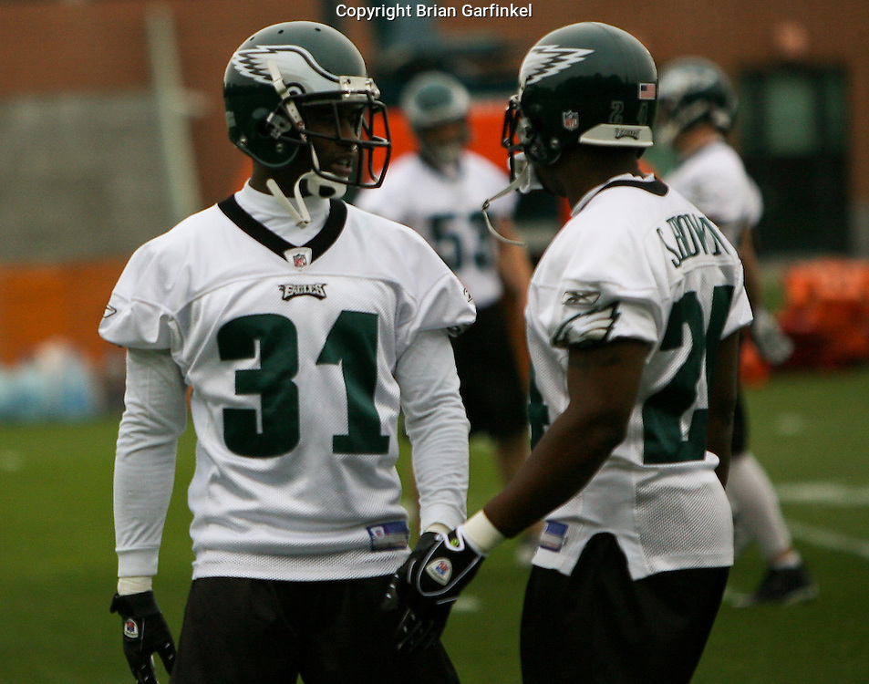 Philadelphia, PA - May 3rd 2008 - Safety Therrian Fontenot speaks with Cornerback Sheldon Brown during the Philadelphia Eagle's Mini-Camp  practice session at the Novacare Complex in Philadelphia Pennsylvania.