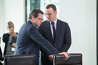 18 JUL 2018, BERLIN/GERMANY:<br /> Andreas Scheuer (L), CSU, Bundesverkehrsminister, und Jens Spahn (R), CDU, Bundesgesundheitsminister, im Gespraech, vor Beginn der Kabinettsitzung, Bundeskanzleramt<br /> IMAGE: 20180718-01-012<br /> KEYWORDS: Kabinett, Sitzung, Gespräch