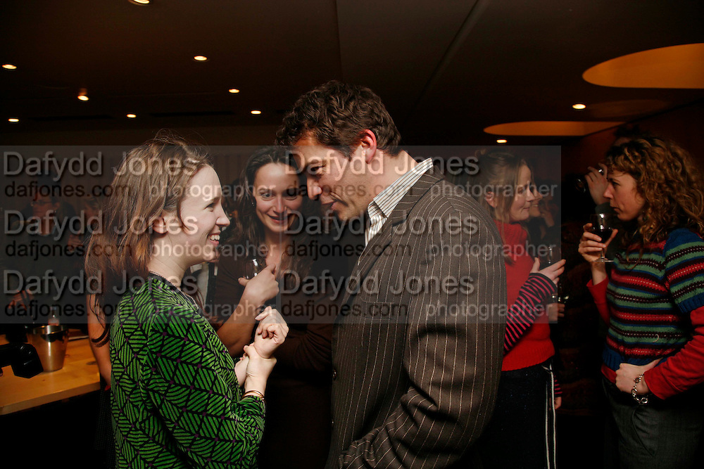 LADY FRANCES ARMSTRONG-JONES AND DOMINIC WEST, ,. After-drinks JOSEPHINE HART Poetry Hour. British Library. Euston Rd. London. 22 March 2006. ONE TIME USE ONLY - DO NOT ARCHIVE  © Copyright Photograph by Dafydd Jones 66 Stockwell Park Rd. London SW9 0DA Tel 020 7733 0108 www.dafjones.com