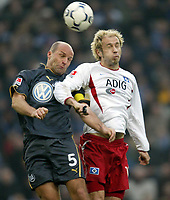 Bundesliga, 14. februar 2004,, v.l. Stefan Schnoor, Sergej Barbarez HSV<br /> Bundesliga Hamburger SV - VfL Wolfsburg