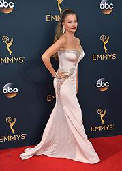 Sofia Vergara bei der Verleihung der 68. Primetime Emmy Awards in Los Angeles / 180916<br /> <br /> *** 68th Primetime Emmy Awards in Los Angeles, California on September 18th, 2016***