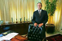 O presidente da FIERGS - Federação da Indústria e Comércio do Rio Grande do Sul, Paulo Tigre, durante entrevista em seu gabinete. FOTO: Jefferson Bernardes/Preview.com