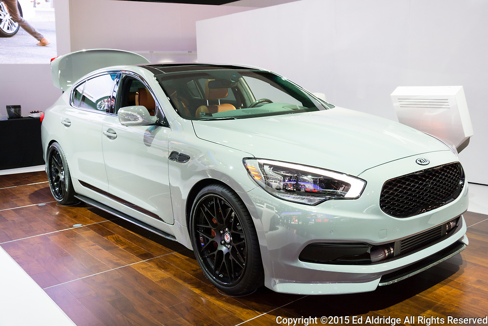 DETROIT, MI, USA - JANUARY 12, 2015: Kia K900 on display during the 2015 Detroit International Auto Show at the COBO Center in downtown Detroit.