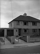 20/10/1952<br /> 10/20/1952<br /> 20 October 1952<br /> <br /> Architecture for Richard Branham
