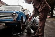 Gommista, Addis Abeba 11 settembre 2014.  Christian Mantuano / OneShot