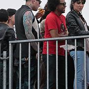 NLD/Amsterdam/20110612 - TMF Awards 2011, Ben Saunders bier drinkend