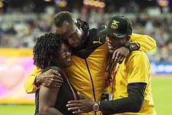 August 13, 2017 - London, STORBRITANNIEN - 170813 Jamaicas Usain Bolt kramar om sin mamma Jennifer Bolt och pappa Wellesley Bolt efter att han gjort ett Årevarv under dag tio av friidrotts-VM den 13 augusti 2017 i London  (Credit Image: © Joel Marklund/Bildbyran via ZUMA Wire)