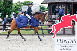 06, Springprfg. Kl. M** -Fundis-Tour-Ehlersdorf, Reitanlage Jörg Naeve, 29.06. - 01.07.2021, Franziska Bunte (GER), Aloahe,,