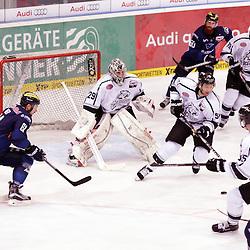 2. Drittel <br /> 61 David Elsner (Spieler ERC Ingolstadt), 50 Thomas Pielmeier (Spieler ERC Ingolstadt), 29 Andreas Jenike (Torwart Thomas Sabo Ice Tigers), 55 David Printz (Spieler Thomas Sabo Ice Tigers) und 5 Casey Borer (Spieler Thomas Sabo Ice Tigers) beim Spiel in der DEL, ERC Ingolstadt (blau) - Nuenrberg Ice Tigers (weiss).<br /> <br /> Foto © PIX-Sportfotos *** Foto ist honorarpflichtig! *** Auf Anfrage in hoeherer Qualitaet/Aufloesung. Belegexemplar erbeten. Veroeffentlichung ausschliesslich fuer journalistisch-publizistische Zwecke. For editorial use only.
