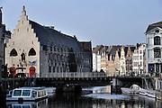 Gent, Belgie, 14/03/2009, Zicht op De Korenlei en Het Vleeshuis, oud middeleeuws centrum van Gent, ©Christophe VANDER EECKEN