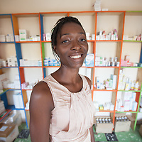 Alique Deque, works in the pharmacy at the Clinique du Planteur. CAMAYE is a Fairtrade-certified coop that produces cocoa. It is based in Abengourou in Ivory Coast. The coop membership doubled from 900 to 1,800 members in 2015. The coop spent its first Fairtrade premium payment last year on buying fertilizer for the members, scholarships for members and their children, and the repair of a village well. Along with four other coops, CAMAYE has recently set up a clinic for farmers, who only have to pay 20% of the cost of the medical consultations and treatment.