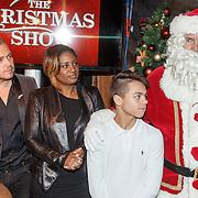 NLD/Amsterdam/20151126 - Perspresentatie The Christmas Show, Jamai, Edsilia Rombley, Justen Beer, Ron Brandsteder als kerstman