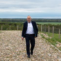 10-05-2021: Wielrennen: persmoment EK veldrijden: Wijster <br />Gedeputeerde Henk Brink