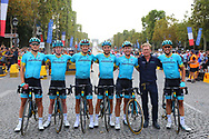 Team Astana Pro Team poses for the photo during the 105th Tour de France 2018, Stage 21, Houilles - Paris Champs-Elysees (115 km) on July 29th, 2018 - Photo Kei Tsuji / BettiniPhoto / ProSportsImages / DPPI
