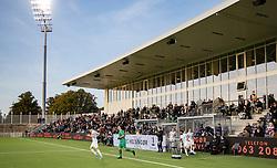 FC Helsingørs spillere løber på banen til kampen i 1. Division mellem FC Helsingør og Vendsyssel FF den 18. september 2020 på Helsingør Stadion (Foto: Claus Birch).