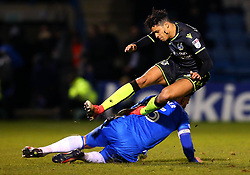 Daniel Leadbitter of Bristol Rovers is founded by Max Ehmer of Gillingham - Mandatory by-line: Robbie Stephenson/JMP - 16/12/2017 - FOOTBALL - MEMS Priestfield Stadium - Gillingham, England - Gillingham v Bristol Rovers - Sky Bet League One