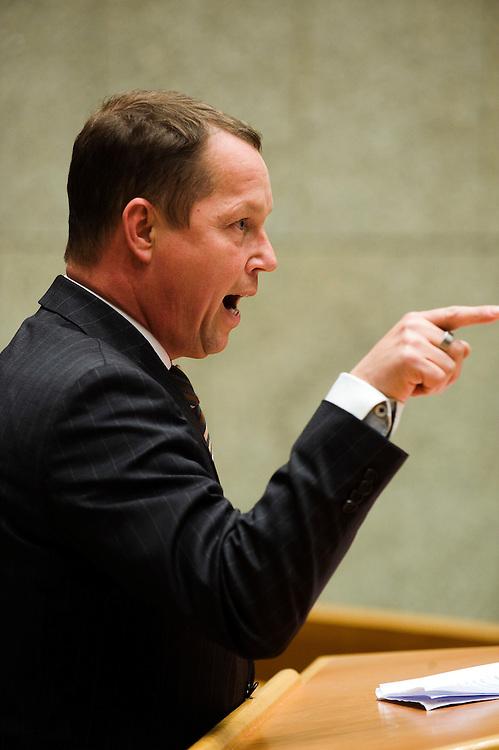 Nederland, en Haag, 26  jan 2010.Debat in de Tweede Kamer over Natura 2000 gebieden .Ger Koopmans, cda, tijdens het debat.Foto (c) Michiel Wijnbergh..